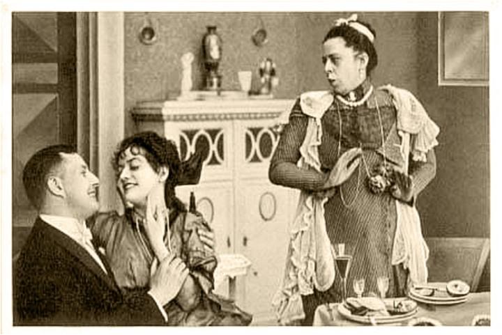 Bruno Kastner, Dorrit Weixler und Frida Richard im Stummfilm %22Dorittchens Vergnügungsreise%22 von Paul Heidemann. Oliver-Film, 1921